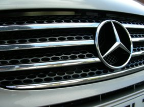 Mercedes Viano for chauffeur hire services