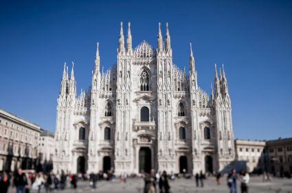 International chauffeur services in Milan & across Italy